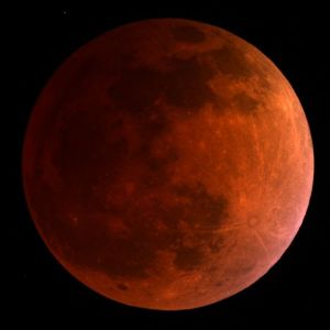 total-lunar-eclipse-april-15-mt-lemmon-skycenter-3