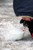 Frozen-Bubbles-are-a-fun-science-experiement-for-kids